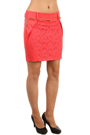 Elegant skirt with interesting cut complete with lace. Skirt comes with an imaginative belt. Midi knee length, single color.