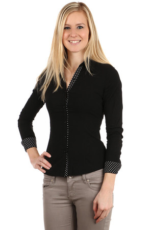 Elegant women's button shirt. The inside of the collar, sleeves and contrasting polka dots. Import: Italy Material: 72%