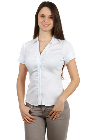 Women's one-color shirt with short sleeves. Button fastening. Sleeve hem decorated with buttons. Import: Italy Material: