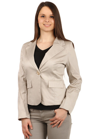 Fashion jacket with button fastening. Material: 97% cotton, 3% elastane. Import: Italy