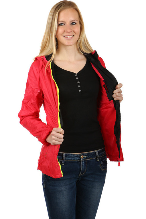 Ladies sport jacket with hood