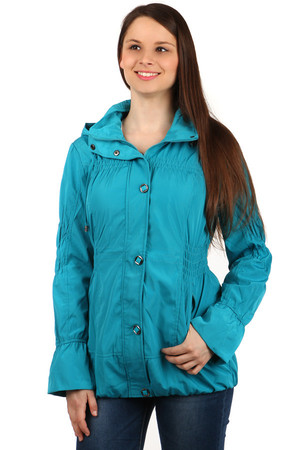 Women's jacket - zip fastening and patents. Suitable for a transition period - spring / late. The hood is removable. Use