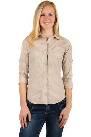 Ladies shirt with longer back and button fastening. Possibility to change sleeve length. Material: 95% cotton, 5% elastane.