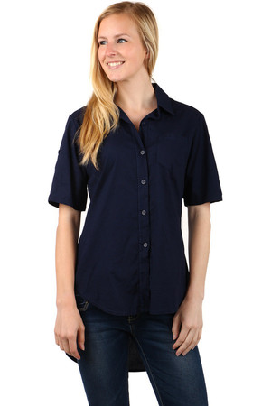 Women's comfortable shirt with short sleeves. Button fastening. Longer rear part. Import: Italy Material: 95% cotton, 5%