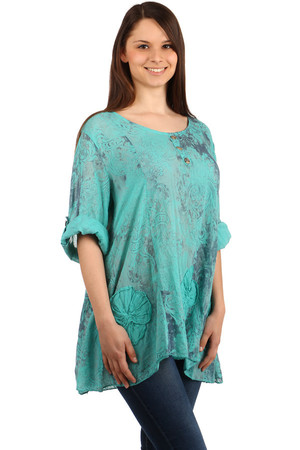 Women's casual style blouse. The sleeves can be shortened and clipped to the button. Free cut, suitable for full body.