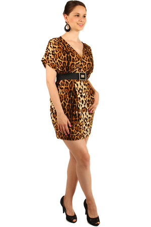 Fashionable dress with belt and animal pattern. The tape cannot be unfastened. Material: 100% polyester
