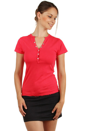 Clamshell T-shirt with patents. It's simple at the back. Material: 95% cotton, 5% elastane