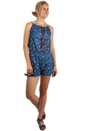Short women's retro overall with white patterns. Drawstring can be pulled over. Material: 65% cotton, 35% polyester.