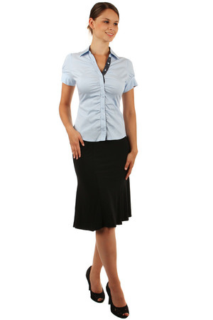 Elegant women's classic style shirt with short sleeves Button fastening. Import: Italy Material: 72% cotton, 23%