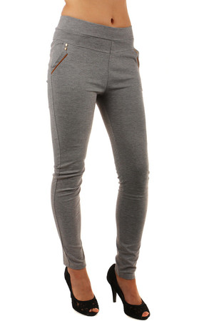 Comfortable women's leggings with a higher waist and leatherette strips on the pockets. Front and rear pockets. Material: