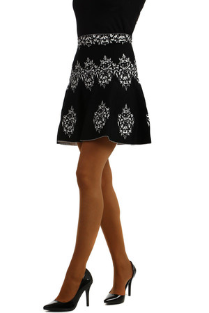 Ladies knit skirt, suitable for cold weather. Short length, decorated with a delicate pattern. Material: 94% cotton, 6%