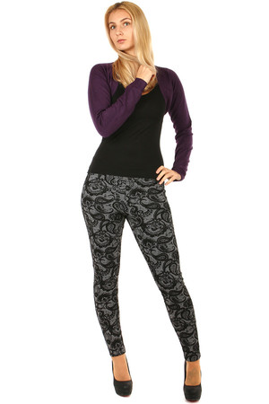 Stylish women's thermo leggings with ornaments, suitable for cold weather. Oversized. Model photographed in size XL / 2XL.