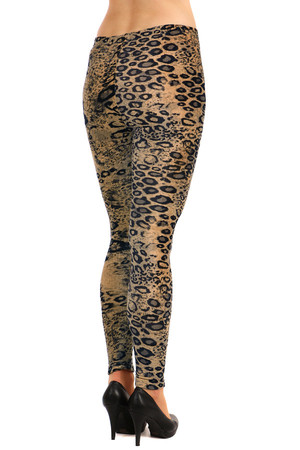 Women's thermo leggings with animal print. Material: 61.5% viscose, 30% bamboo, 8.5% elastane