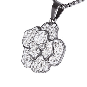 Glittering flower neck pendant. Size: diameter 30 mm.