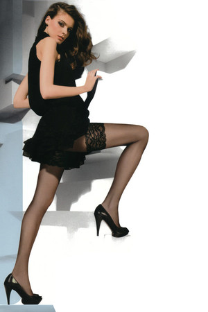 Stockings with decorative lace. 20den. Material: 88,4% polyamide, 11,6% elastane