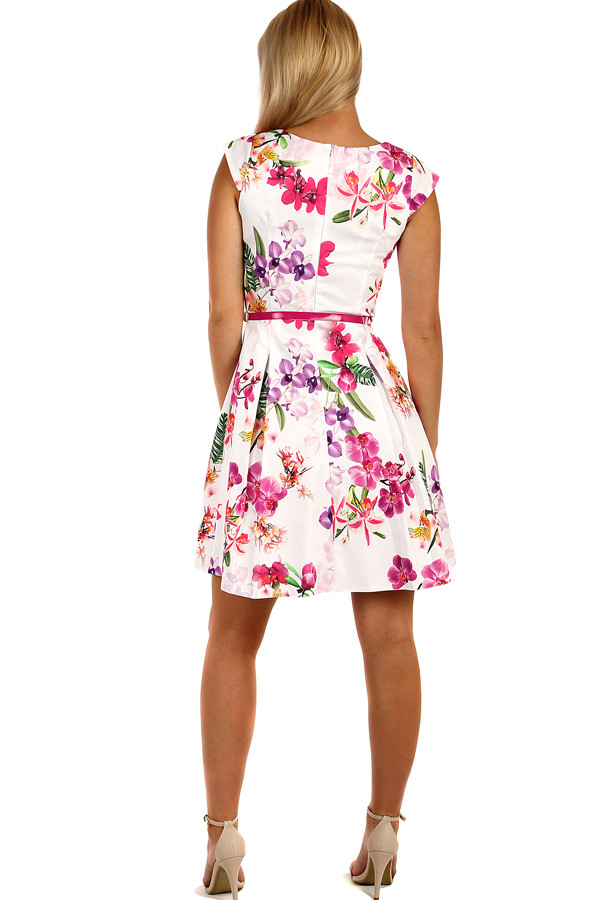 Summer dress floral retro print