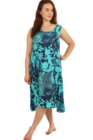 Free summer dress with floral pattern and lace. Also suitable for plump. Material: 100% viscose Import: Italy