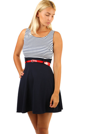 Striped striped dress with belt Material: 95% polyester, 5% elastane Import: Italy