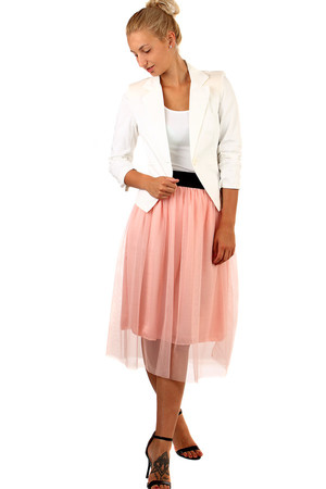Romantic longer tulle skirt with rubber at the waist. Solid color design. Material: 65% viscose, 35% polyester. Import: Italy