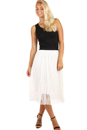 Women's tulle skirt to the knees. Monochrome decorated with lace. Material : 100% polyester