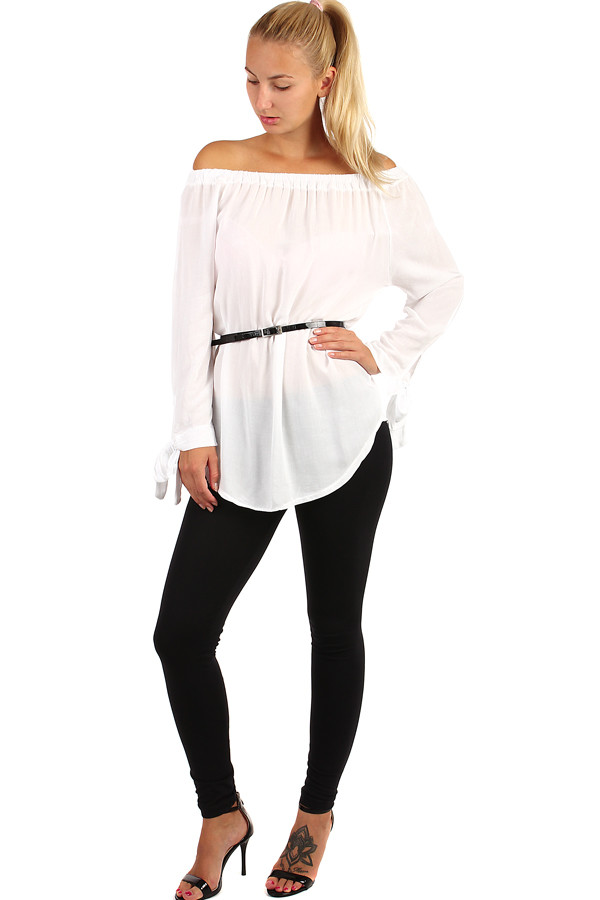 Ladies blouse with elastic neckline and long sleeves