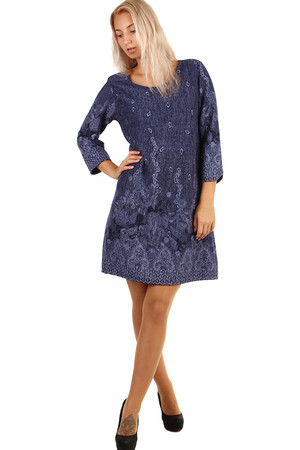 Ladies dress with a pattern and 3/4 sleeves. Suitable for spring and autumn. Material: 50% polyester, 50% viscose Import: