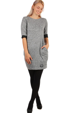 3/4 sleeve knitted dress. Suitable for spring and autumn. The universal design corresponds to the size of the M-XL. The