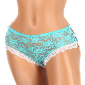 Lace panties with cuts on the sides. Material: 95% polyamide, 5% elastane.