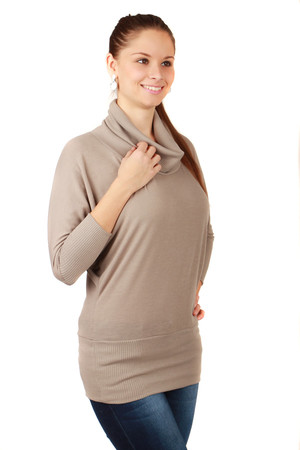 Beautiful sweater with collar and wide strip across hips. Material: 95% viscose, 5% elastane