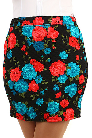 Ladies floral skirt with floral print. Short length. Material: 78% cotton, 22% polyester.