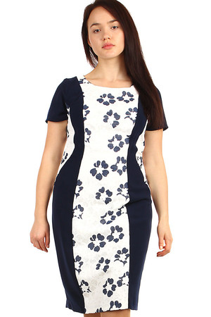 Women's dress with slimming effect and floral print. Also suitable for plump. Up to 50. Material: 100% polyester. Import: