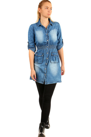 Denim Jeans Dress. Sleeves can be worn long or three quarters. Material: 98% cotton, 2% elastane. Model photographed in size