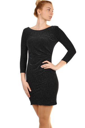 Glittering dress with cut back. The universal design corresponds to the S-XL size. Material: 95% viscose, 5% elastane.
