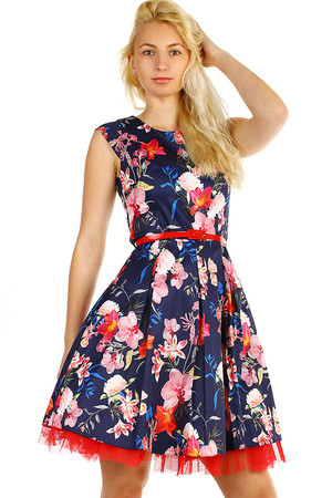 Short women's floral dress with red belt. Zip fastening. Up to size 46 - suitable for a full-bodied figure. Undershirt is not