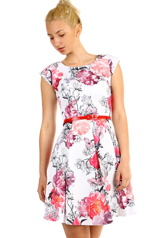 Women's retro dress with floral print