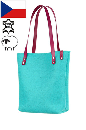 Practical women's bag - natural felt shopper. Handmade. The handbag has thermal insulation properties due to the material