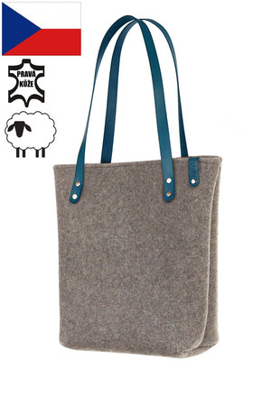Spacious ladies' bag - natural felt shopper. Handmade. The handbag has thermal insulation properties due to the material