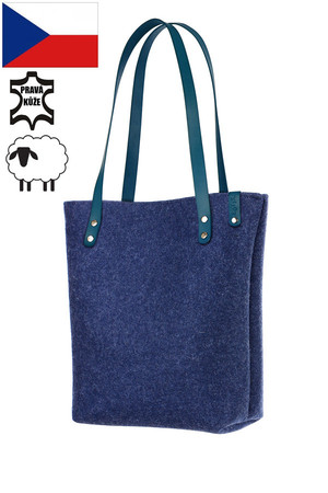 Big women's natural felt shopper. Handmade. The handbag has thermal insulation properties due to the material used. A4