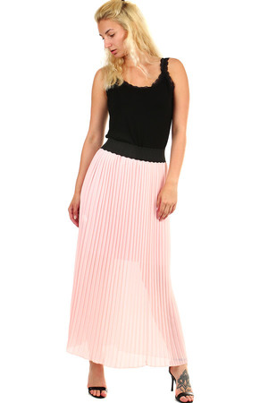 Elegant women's pleated maxi skirt with rubber at the waist. The skirt has a petticoat half-length. Material: skirt -