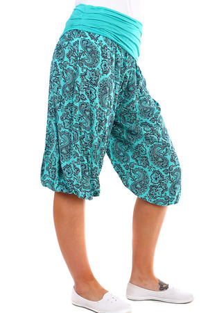 Women's three quarter harem trousers with pattern. Very comfortable cut and material. Material: 100% viscose Import: Italy