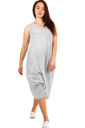 Women's summer striped oversized dress with pockets. Free cut suitable for full body. Material: 70% cotton, 30% linen Import
