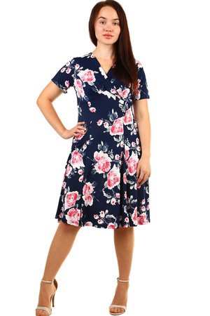 Women's short retro short sleeve dress and floral design. The neckline has a wrapping effect. Up to size 54 - suitable