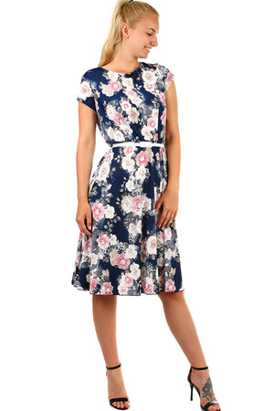 Women's patterned short retro-style dress with short sleeves and belt. Up to size 52 also for full body. Material: 100%