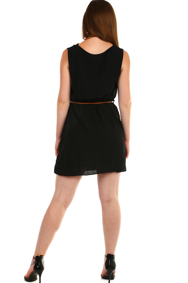 Short ladies dress with pockets