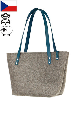 Practical women's bag made of natural felt. Handmade. The handbag has thermal insulation properties due to the material used.