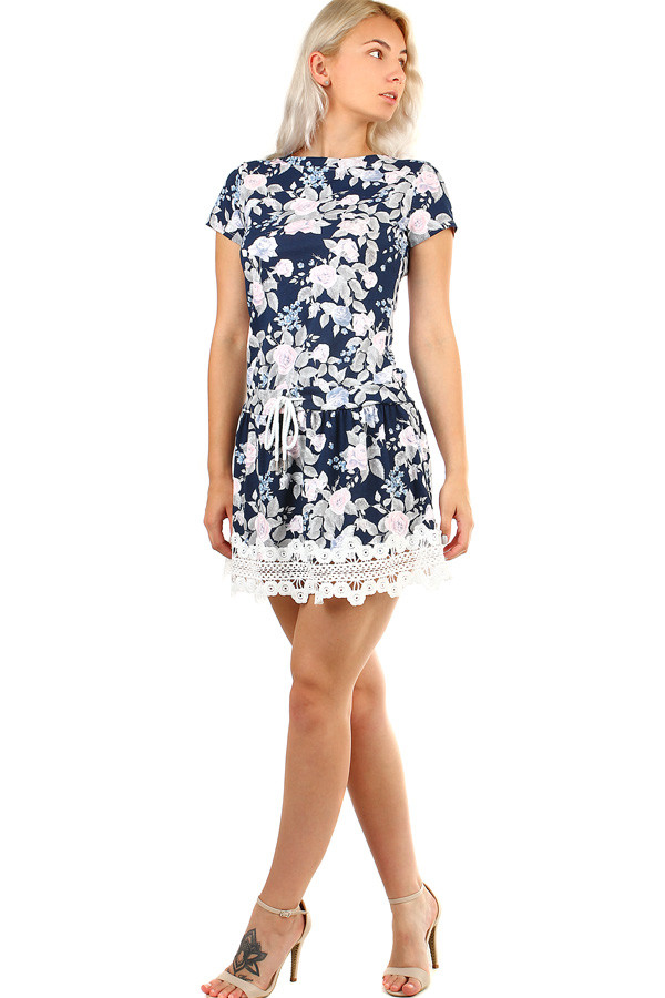 Summer short dress with floral print and lace
