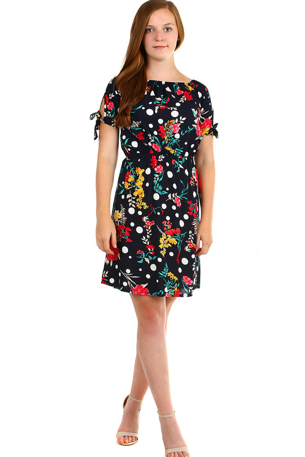 Women's flowered summer dress