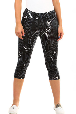 Women's three-quarter sports leggings with a distinctive pattern. Material: 60.5% cotton, 31.5% bamboo fiber, 8% elastane