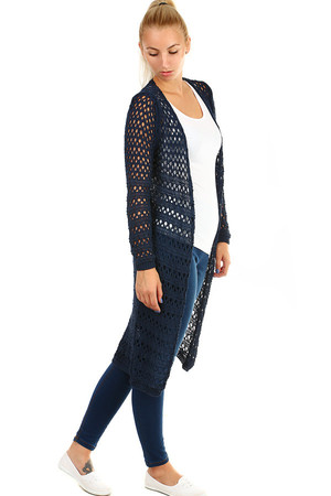 Women's long one-color sweater with large mesh, without fastening. Thanks to free cut suitable for full-bodied figure.