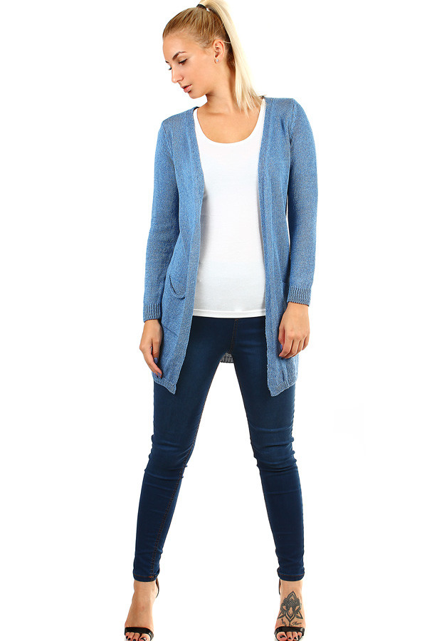 Women's knitted cardigan without fastening